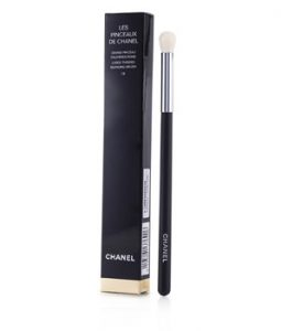CHANEL LES PINCEAUX DE CHANEL LARGE TAPERED BLENDING BRUSH #19 -