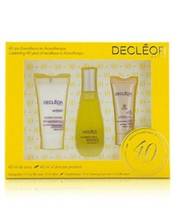 DECLEOR TRAVEL KIT: SMOOTHING & CLEANSING MOUSSE 15ML/0.5OZ + ESSENTIAL SERUM 15ML/0.5OZ + BB CREAM SPF 15 10ML/0.33OZ 3PCS
